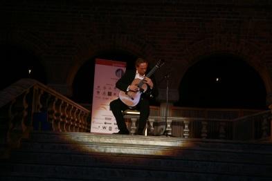 Emil Kjellbom konsert i Blåhallen, Stadshuset