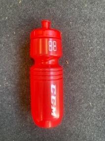 CCM Vattenflaska 0,7L röd - CCM Vattenflaska 0,7L röd