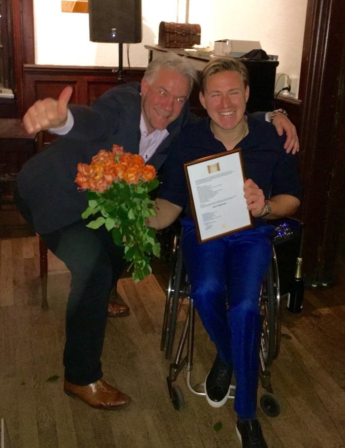 Stora Talarpriset 2016 gick till Aron Andersson som överraskades vid en ceremoni i samband med launch av Sydpolenäventyret.