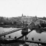 lávka na Klárov (později nahrazená Mánesovým mostem)