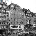 Václavské náměstí a hotel zlatá husa!