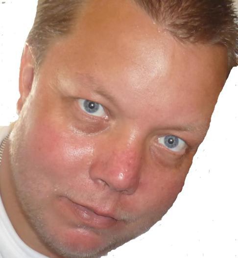 Dennis Johansson Hall - det är jag som är Hammarö Media, välkommen att kontakta mig: info@hammaroedia.se eller 0706-837485.