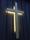 Vi fäste upp korset på fasaden