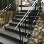 Svart trappräcke