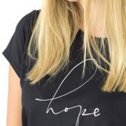 HOPE TEE BLACK/CREME