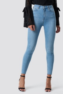 Skinny High Waist Raw Hem Jeans - Skinny High Waist 34
