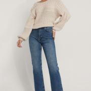Ekologiska Raka Jeans Med Hög Midja Och Rå Fåll