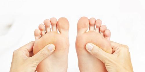 Dina fötter är som du själv - de behöver kärlek och omvårdnad varje dag!