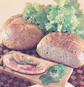 surdegsbröd recept solrosbröd på dinkel