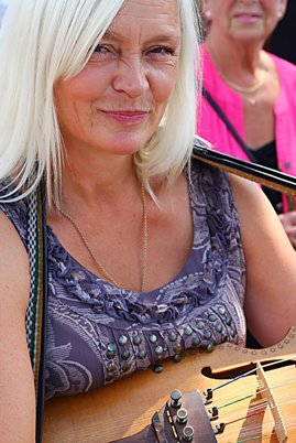 Ingela Ryd - Nyckelharpa