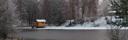 Bastustuga vid dammen vinter