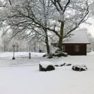 Stuga vinter snö