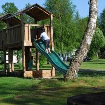 Barn lekplatsen