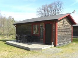 Hyr enplans stuga hos oss på Våxtorps Camping & Stugby utanför Laholm.  Stugcamping i naturskön miljö öppen året runt