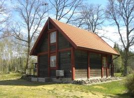 Hyr stor loft stuga hos oss på Våxtorps Camping & Stugby utanför Laholm.  Stugcamping i naturskön miljö öppen året runt