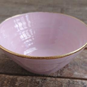 Liten rosa skål