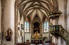 Inne i Kyrkan i Molln.
