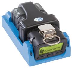 Multigasvarnare med pump på laddning