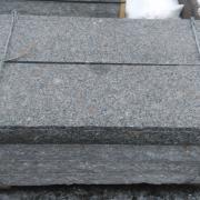 Trappsteg granit flammad