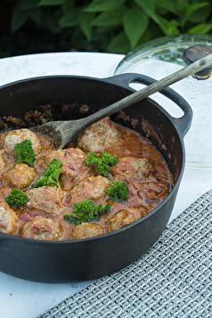 Lammfärsbollar i tomatsås. Klicka på bilden så kommer du till receptet.