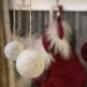 Ullbollar till påskriset eller julgranen - Ullbollar: rött, vitt, grått