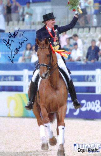 HK-Medal-Ride-Olympics-325x500