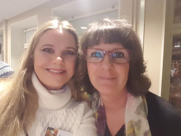 Jag tillsammans med kvällens huvudperson Annika Estassy