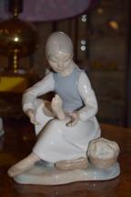 380. Figurin