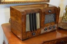 6911. RADIO