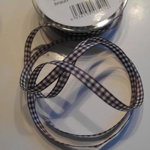 Bomullsband rutigt brunt 6 mm - Bomullsband rutigt brunt 6 mm