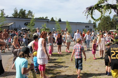 Midsummer celebrations in Bergafjärden