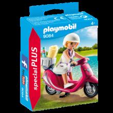 Playmobil 9084, Flicka med Scooter