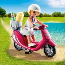 Playmobil 9084, Tjej med scooter