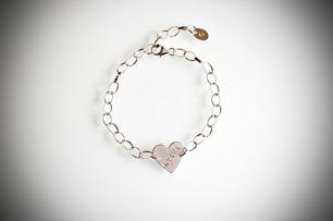 Armband med hjärta