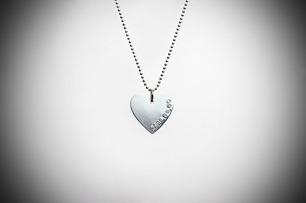 Enkel hjärtformad namnbricka