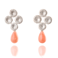 Fossilgarden - örhängen i silver med rosa Opal. Pris 2500 kr