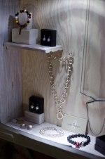 smyckesskåp hos Ateljé Laila