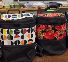 Exempel på ryggsäckar som tillverkats vid kurstillfällen med André.