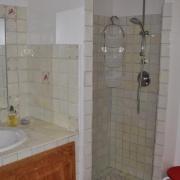 Helkaklad dusch finns i alla badrum