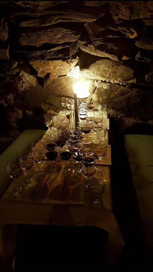 Vinprovning i Likkällaren