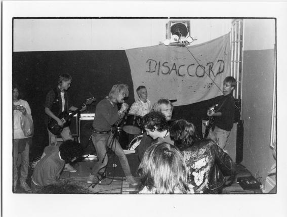 Live på Skylten i Linköping 1985.
