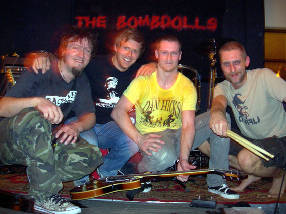 Efter ett svettigt gig på Babar 2006