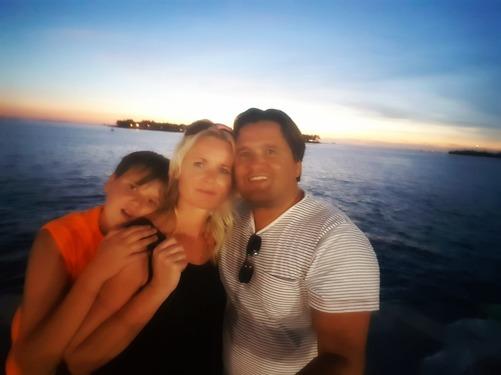 Solen har gått ner över Key West och vi förbereder oss för att resa vidare.