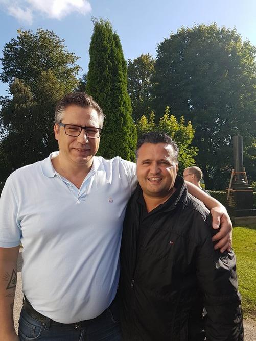 Min vän Martin kom från Stockholm för att se min bror och tillika hans vän Sigge installeras som kyrkoherde I Färgelanda.