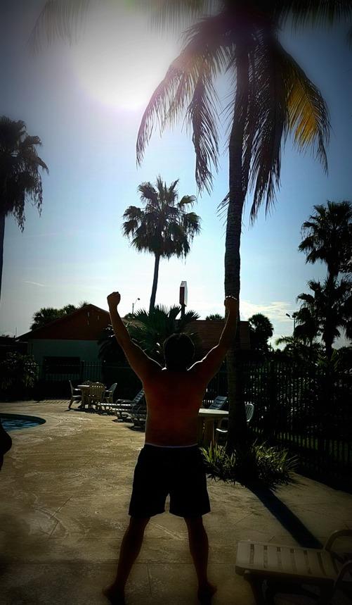 Det är morgon i Homstead, Florida och jag ser framemot en förmiddag vid poolen innan resan fortsätter ner i Florida keys
