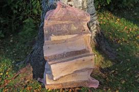 Björkved 30-35cm 60-liter säck.
