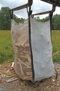 1,5 m3 björkved själpt mått på pall 30-35cm 30-35cm. - 1,5 m 3björkved på pall, 30-35cm .