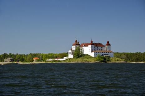 Läckö slott - Kållandsö. Foto: Alexander Berglund.                 Läs hela dikten på vanerland-dikter.se