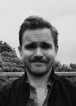 """Johan Bergkvist, författare.  Aktuell med sin novellsamling """"En utsikt att dö för - och andra berättelser""""."""