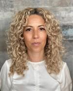 """Fatima Åsard, författaren bakom """"Jag är du, du är jag""""."""